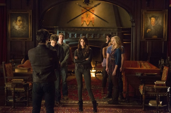 The Vampire Diaries -- ''Gone Girl'' -- Image Number: VD515a_0162.jpg -- Pictured (L-R): Ian Somerhalder as Damon (back to camera) with Paul Wesley as Stefan, Zach Roerig as Matt, Nina Dobrev as Katherine, Steven R. McQueen as Jeremy, Kat Graham as Bonnie