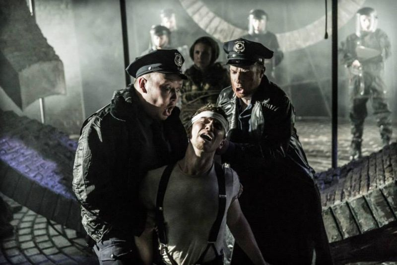 It's A Privilege To Pee! More Fabulous Photos Of West End URINETOWN