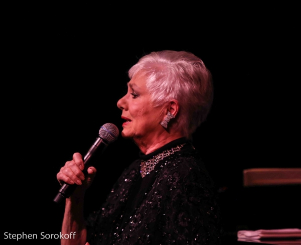 Photo Coverage: Shirley Jones Makes Cafe Carlyle Debut!