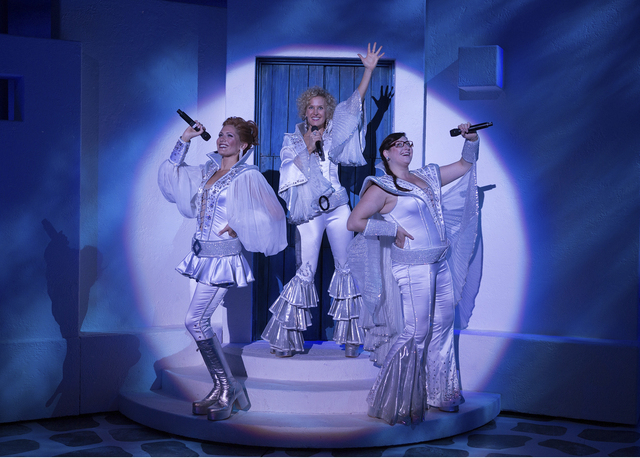 BWW Reviews: Take a Chance on Them: MAMMA MIA! Hits DC's National Theatre