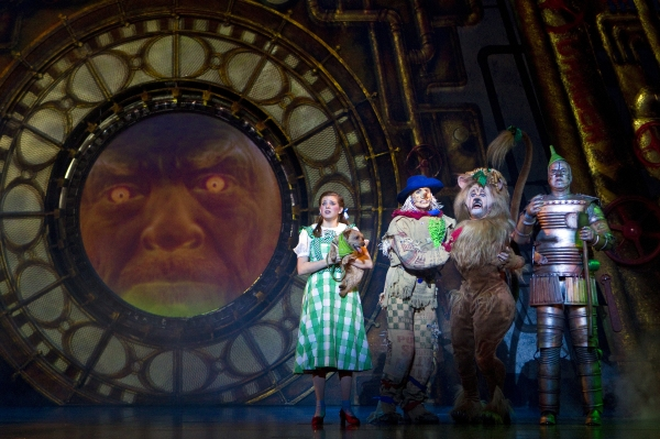 BWW Reviews: Theatre Under the Stars' THE WIZARD OF OZ is Entirely Charming