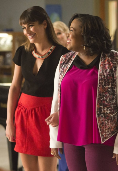 Photo Flash: The Gang's All Here! First Look at GLEE's 100th Episode with Kristin Chenoweth, Diana Agron & Others