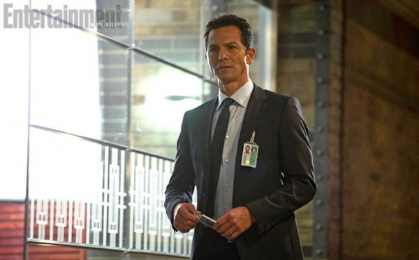 Photo Flash: First Look - New Images from FOX's 24: LIVE ANOTHER DAY