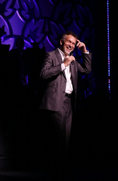 Brian Stokes Mitchell introduces k.d. lang
