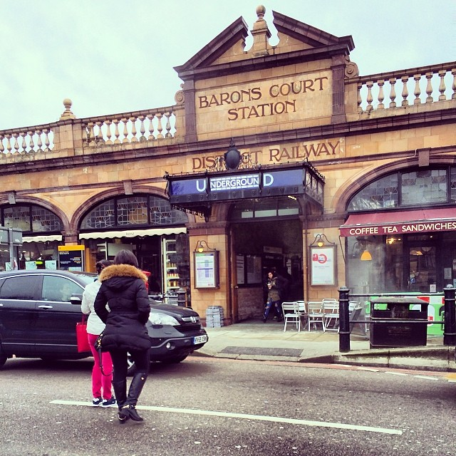 MISS SAIGON Star Rachelle Ann Go Arrives In The West End For Rehearsals & Tours UK