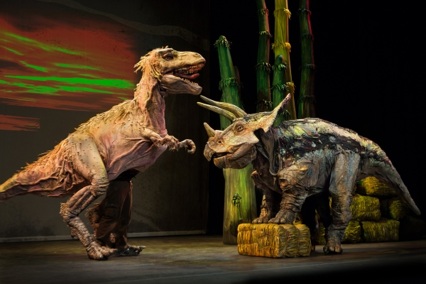 Erth 39 s dinosaur zoo live plays fisher theatre 3 12 16 Dinosaur museum ohio