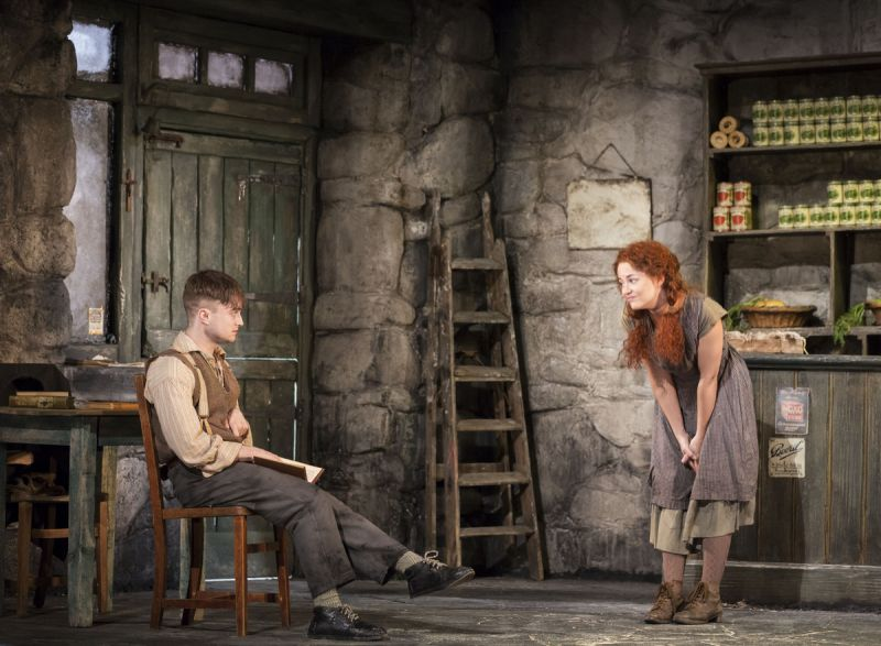 Radcliffe Roundup: First Look at Broadway-Bound THE CRIPPLE OF INISHMAAN
