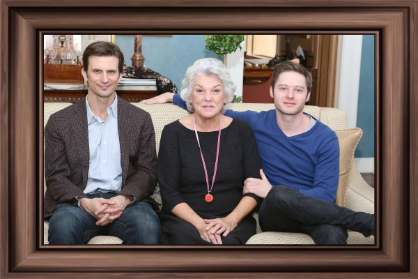 FREEZE FRAMES: Meet the Company of MOTHERS AND SONS on Broadway!