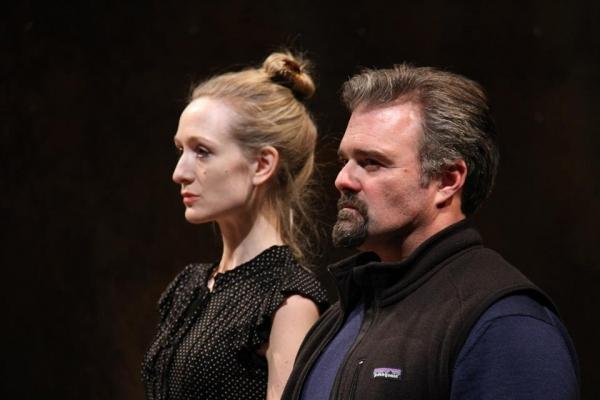 Rachel Pickup (Goneril) and Graham Winton (Albany)