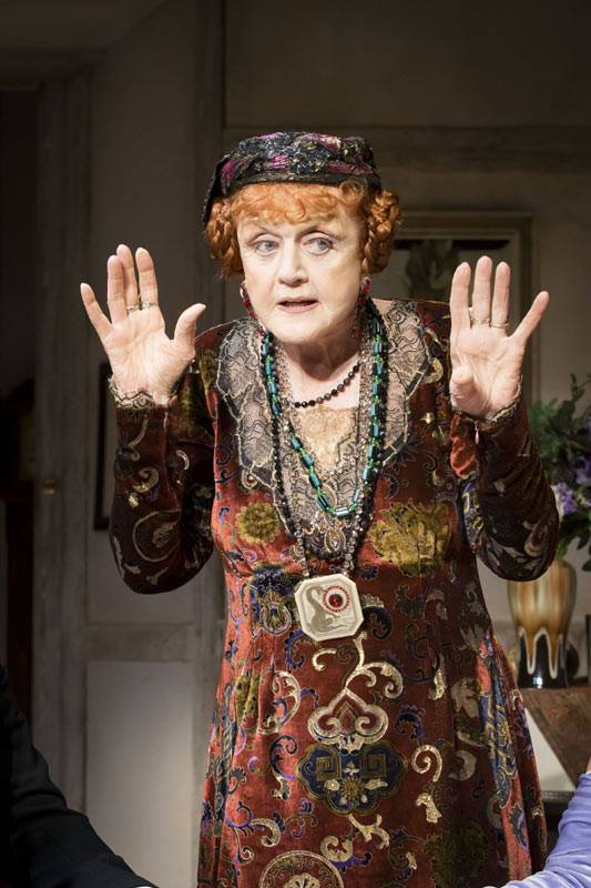 First Production Photos Of Angela Lansbury Onstage In West End BLITHE SPIRIT!