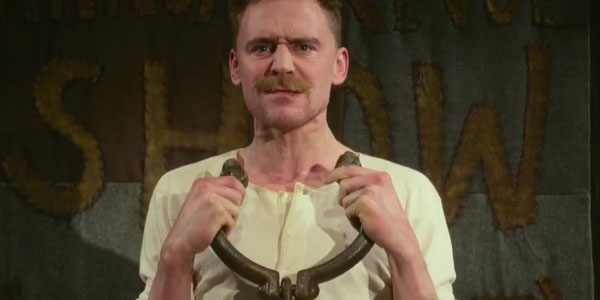 Tom Hiddleston Performs Strongman Act Onstage In MUPPETS MOST WANTED Preview