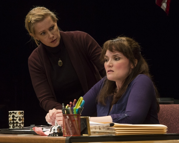 BWW Reviews: Stages Repertory Theatre's GIDION'S KNOT is Exquisitely Taut and Intense