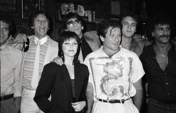 Joe Piscopo, David Brenner, Richard Belzer, Pat Benatar, Robin Williams, Neil Giraldo and Rick Newman on August 17, 1982 in New York City.