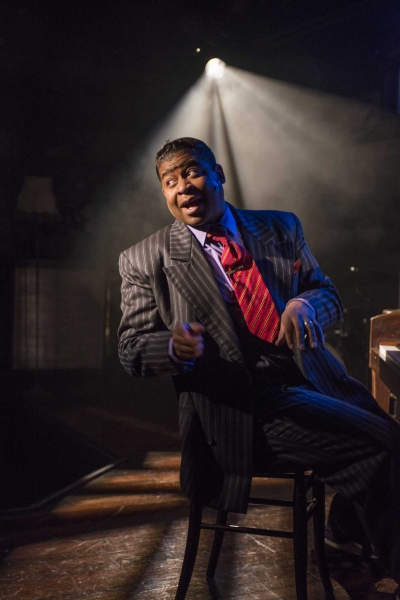 Photo Flash: First Look at The Rep's AIN'T MISBEHAVIN', Now Playing