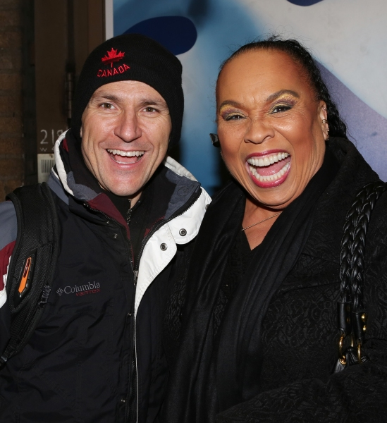 Photo Coverage: CHICAGO's New Billy Flynn, Elvis Stojko, Greets Fans at Stage Door