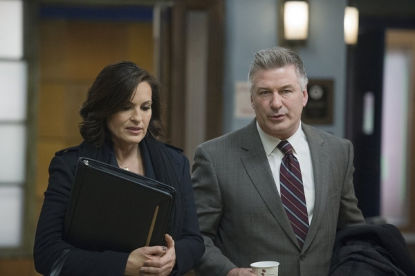 LAW & ORDER: SPECIAL VICTIMS UNIT -- ''Criminal Stories'' Episode 1518 -- Pictured: (l-r) Mariska Hargitay as Sgt. Olivia Benson, Alec Baldwin as Jimmy MacArthur -- (Photo by: Michael Parmelee/NBC)