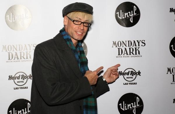 Celebrity Magician Murray Sawchuck Photo