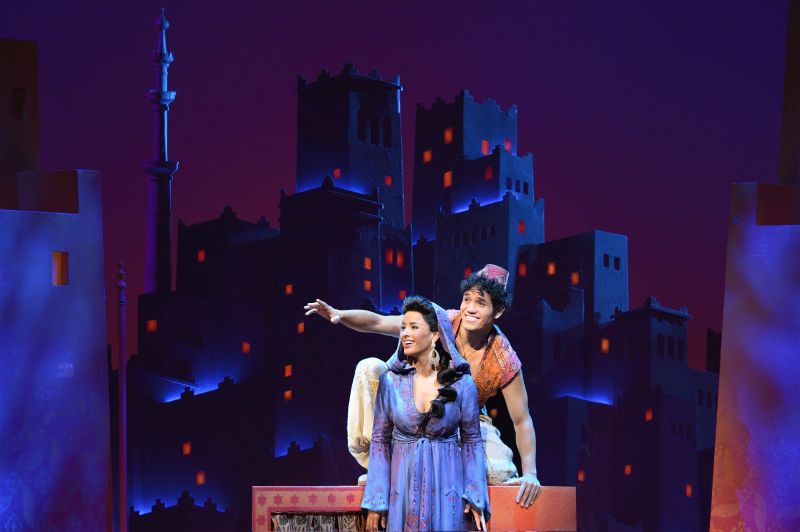 BWW Reviews:  Disney Does Musical Comedy Right With ALADDIN