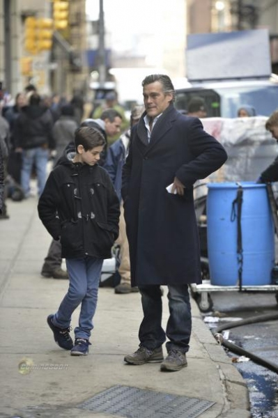 Photo Flash: First Look - Wayne Family Featured in Behind-the-Scenes GOTHAM Photos