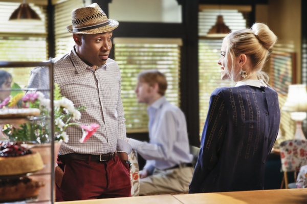 Hart of Dixie -- ''A Good Run of Bad Luck'' -- Image Number: HA317a_0058b.jpg -- Pictured (L-R): Cress Williams as Lavon and Jaime King as Lemon -- Photo: Greg Gayne/The CW -- © 2014 The CW Network, LLC. All rights reserved.