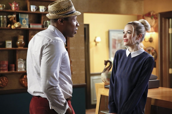 Hart of Dixie -- ''A Good Run of Bad Luck'' -- Image Number: HA317a_0122b.jpg -- Pictured (L-R): Cress Williams as Lavon and Jaime King as Lemon -- Photo: Greg Gayne/The CW -- © 2014 The CW Network, LLC. All rights reserved.