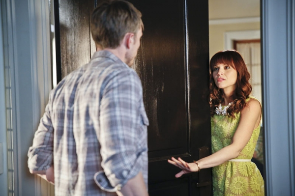 Hart of Dixie -- ''A Good Run of Bad Luck'' -- Image Number: HA317a_0468b.jpg -- Pictured (L-R): Wilson Bethel as Wade and Lauren Bittner as Vivian -- Photo: Greg Gayne/The CW -- © 2014 The CW Network, LLC. All rights reserved.