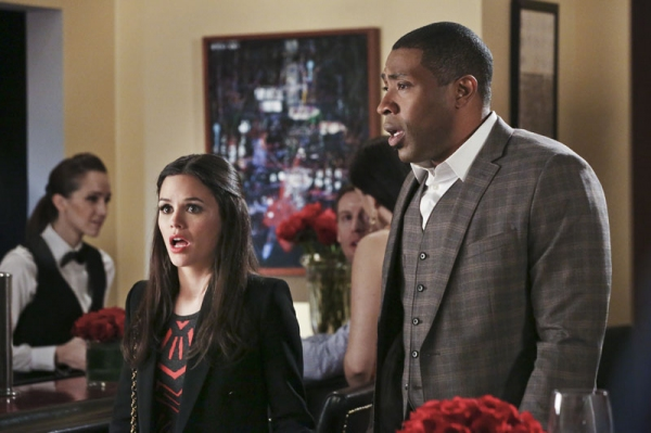 Hart of Dixie -- ''A Good Run of Bad Luck'' -- Image Number: HA317b_0359b.jpg -- Pictured (L-R): rachel Bilson as Dr. Zoe Hart and Cress Williams as Lavon -- Photo: Mike Yarish/The CW -- © 2014 The CW Network, LLC. All rights reserved.
