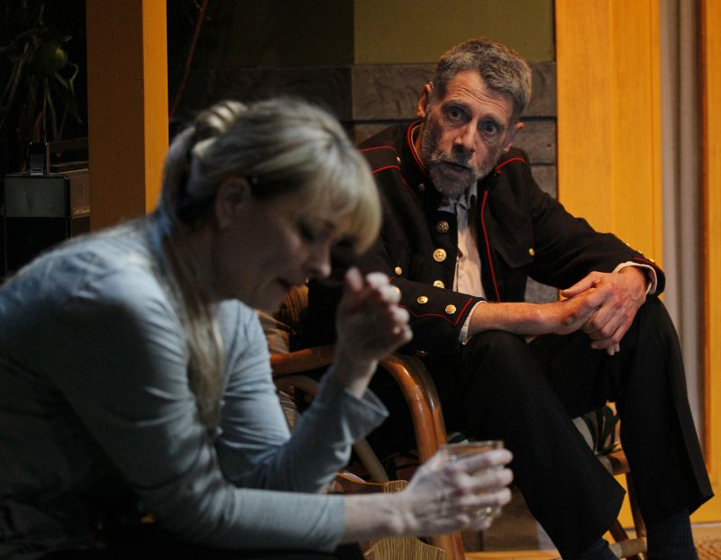 BWW Reviews: ROYAL BLOOD at West of Lenin Digs Up Dysfunction Amidst Perfection
