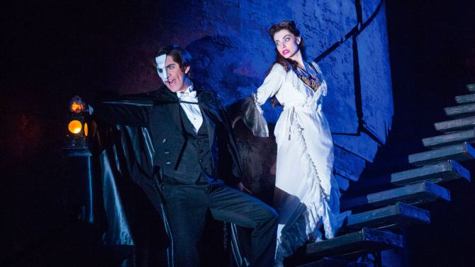 BWW Reviews: The 'New' PHANTOM OF THE OPERA