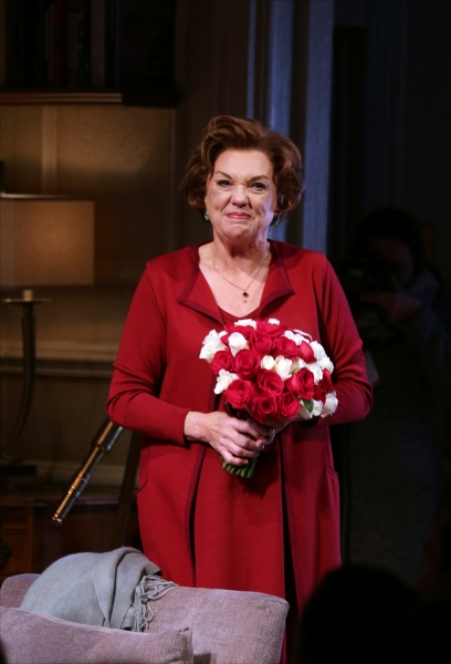 Photo Coverage: Tyne Daly & MOTHERS AND SONS Cast Takes Opening Night Bows!