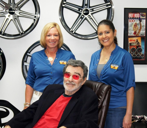 Jackie Rea, Aidy Alaonzo and Burt Reynolds. Photo by Jessica McKinney.