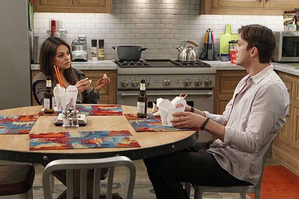 Photo Flash: First Look - Mila Kunis Joins Fiance Ashton Kutcher on TWO AND A HALF MEN