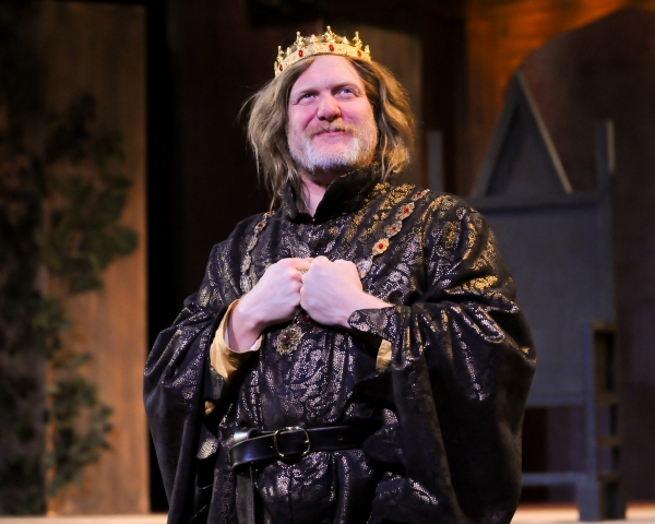Jim Hopkins (King Henry IV)