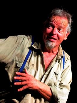 David Muller as Oom Schalk Lourens