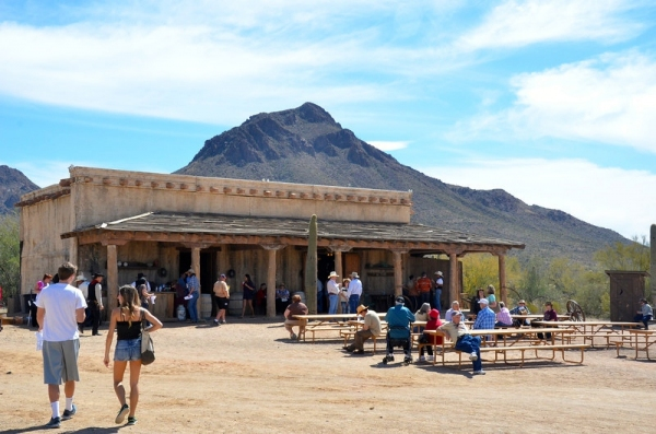 Photo coverage the high chaparral tv reunion 2014 for High ranch house