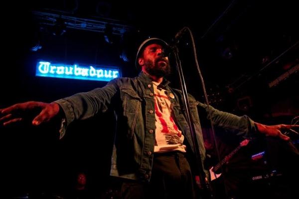 Photo Flash: Cody ChesnuTT Performs at Troubador Club