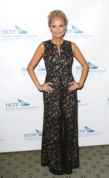 Photo Coverage: National Corporate Theatre Fund Honors Kristin Chenoweth at Chairman's Awards Gala