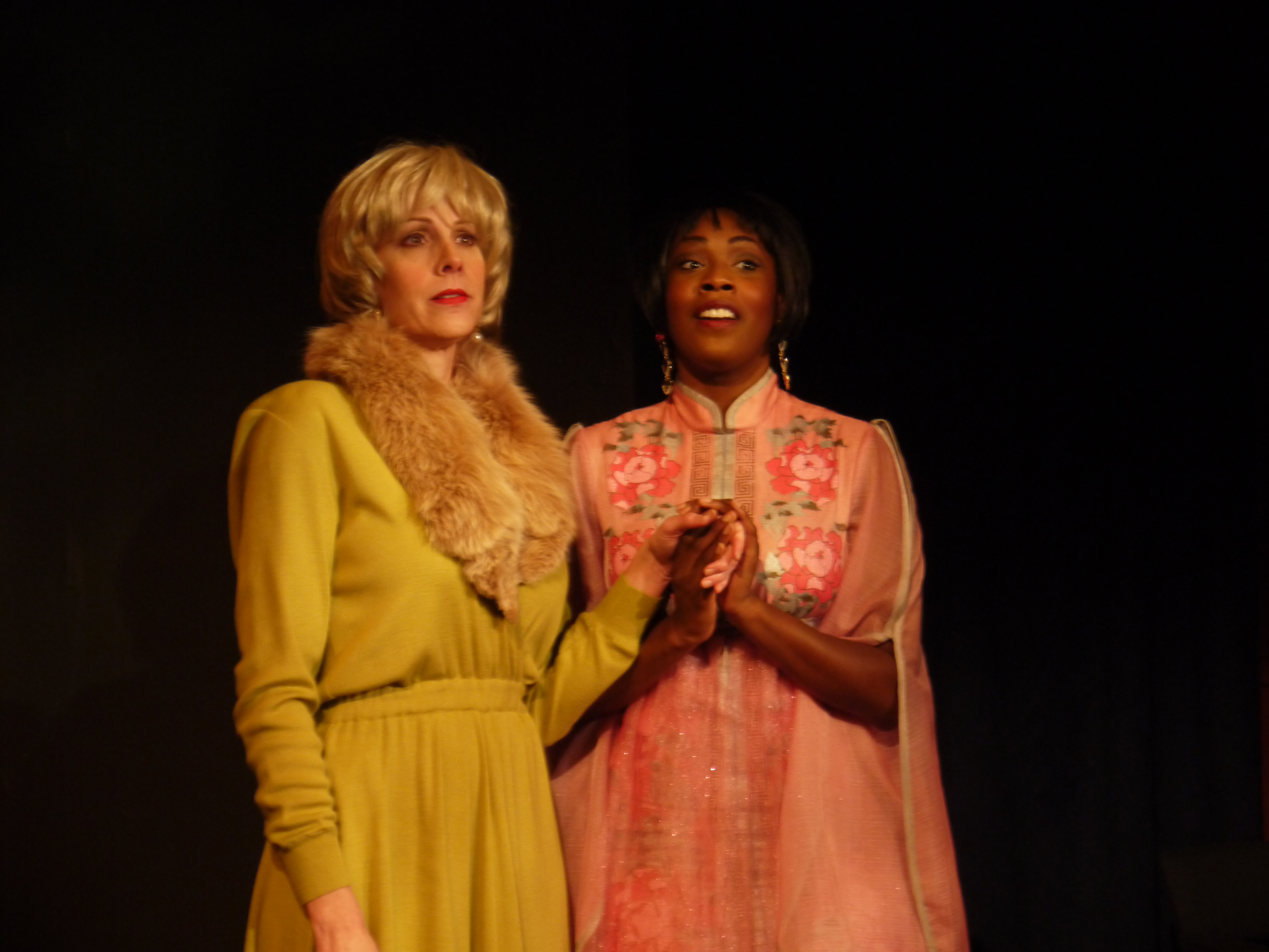 BWW Reviews: The Ensemble Theatre's BY THE WAY, MEET VERA STARK is As Poignant As It Is Hilarious