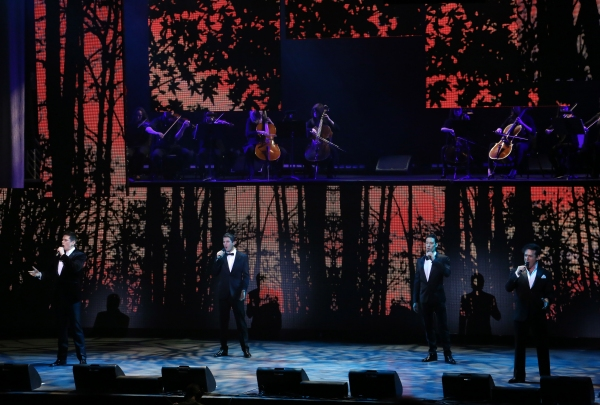 Il Divo Serenade Fan Onstage With WEST SIDE STORY Gem 'Somewhere'