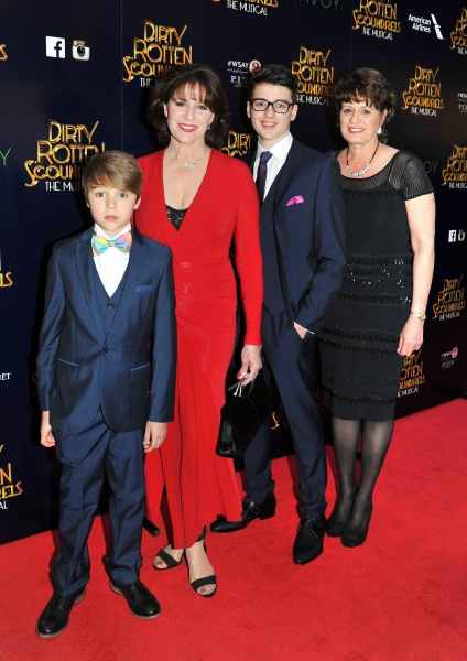 Photo Flash: DIRTY ROTTEN SCOUNDRELS Celebrates West End Opening at Savoy Theatre