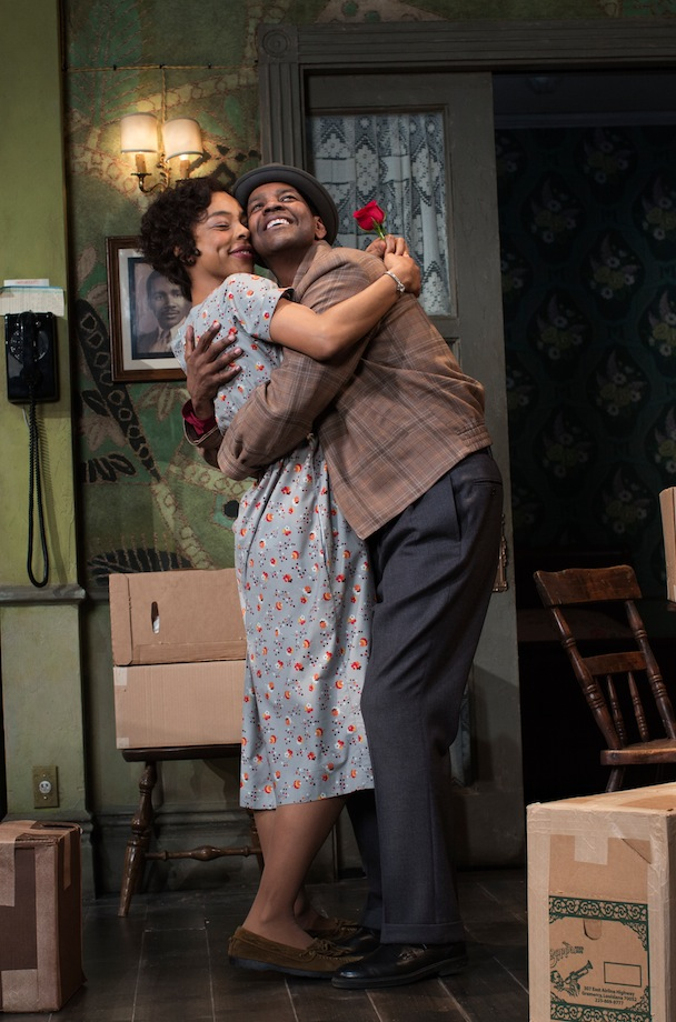 BWW Reviews:  Kenny Leon's Sterling Second Go at A RAISIN IN THE SUN