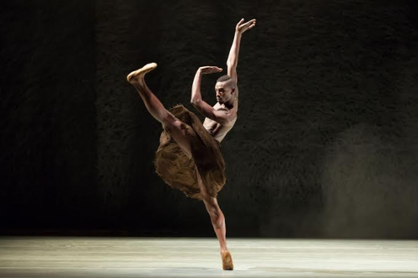 Dancers of Alonzo King LINES Ballet