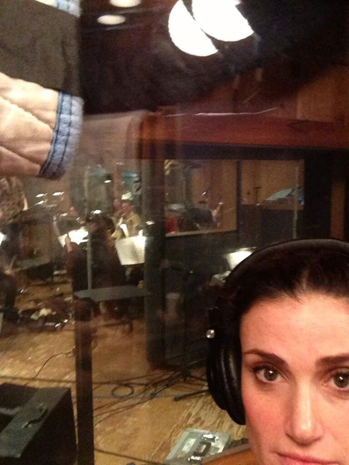 Idina Menzel Tweets A Behind The Scenes Look At IF/THEN Cast Recording Sessions
