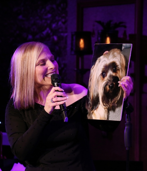 Photo Coverage: Roslyn Kind Makes 54 Below Debut to SRO Crowd!