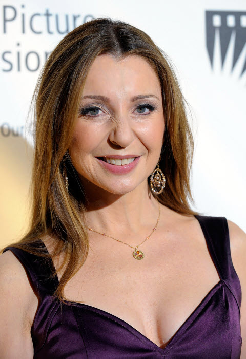 BWW EXCLUSIVE! Donna Murphy Set For ROYAL PAINS Guest Starring Role