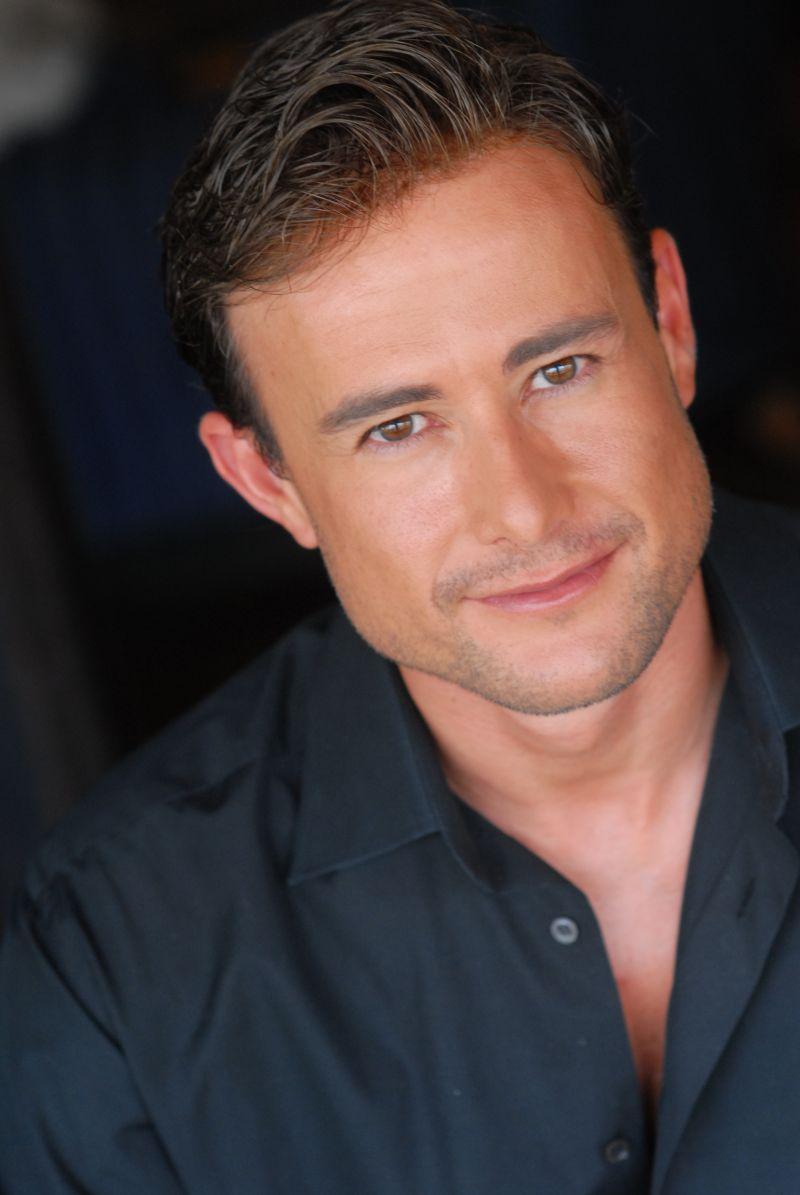 BWW Interviews: Steven Fales Talks Houston Premiere of PRODIGAL DAD