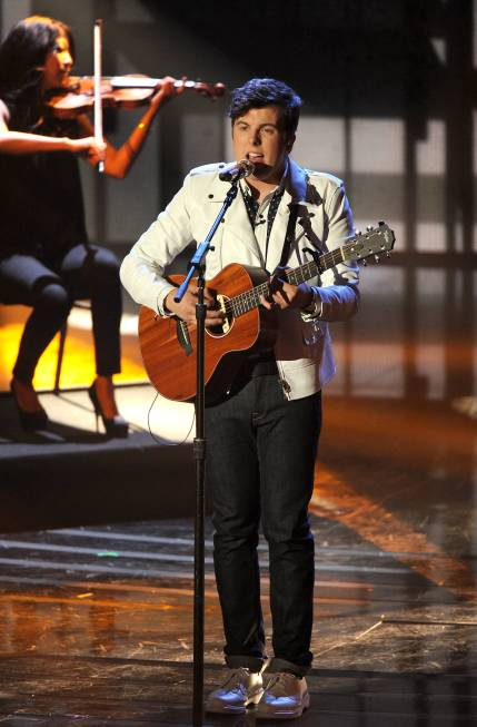AMERICAN IDOL Recap: David Cook Mentors Top-8 to Fresh Takes on 80's Hits (Updated with Pictures)