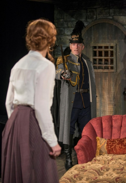 Photo Flash: First Look at Writers Theatre's THE DANCE OF DEATH