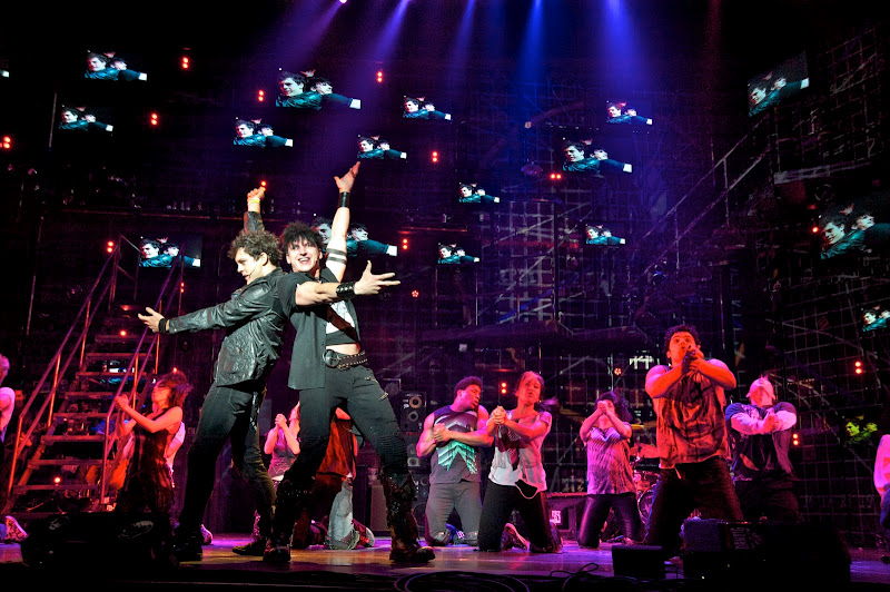 FLASH FRIDAY: Musical Theatre Rocks! AMERICAN IDIOT Tour Cast Sings Coldplay, Maroon 5, Madonna & More