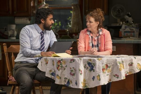 Gabriel Ruiz (Manny) and Deidre O''Conell (Mom)